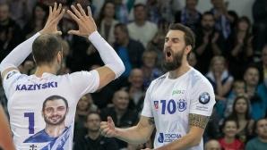 Казийски и Шчечин с победа №5 в Полша (снимки)