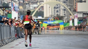 Жегата може да промени началния час на маратона на Олимпийските игри в Токио