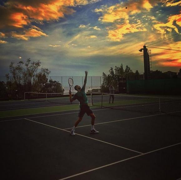 Григор тренира с баща си в Монако