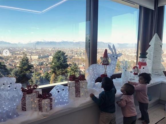 Коледа дойде в дома на Кристиано и Джорджина