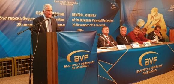 Официално: Данчо Лазаров ще води родния волейбол до 2021 година