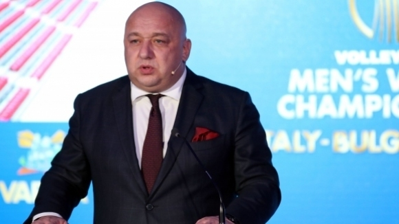 Нова бомба: България ще кандидатства и за Евро 2032