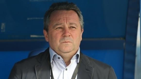 Ръководството на Левски обяви пълна подкрепа към Стоянович и гарантира за преговори с трима футболисти