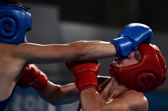 МОК временно замразява плановете си относно олимпийското бъдеще на бокса