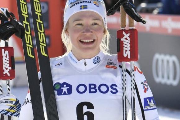 Федерико Пелегрино и Йона Сундлинг спечелиха спринтовете от СК по ски бягане