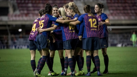 В Барселона и дамите вкарват шедьоври (видео)
