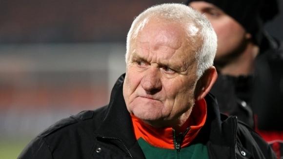"""Люпко Петрович потвърди за офертата от """"Армията"""""""