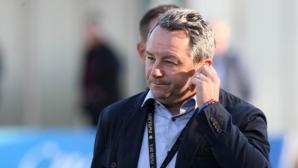 Славиша Стоянович взе 18 футболисти за мача с Дунав