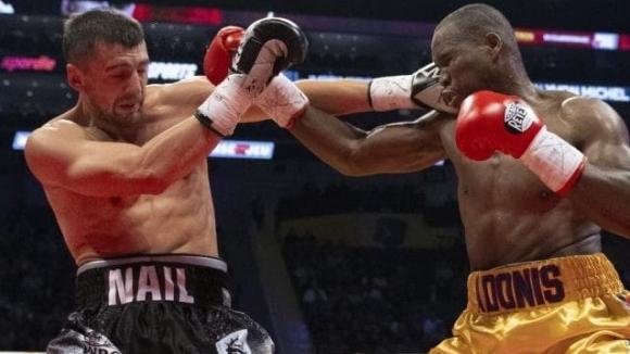 Канадски боксьор е в изкуствена кома след загуба с нокаут