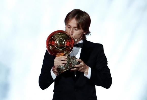 """Лука Модрич взе """"Златната топка""""! Доминацията на Роналдо и Меси свърши"""