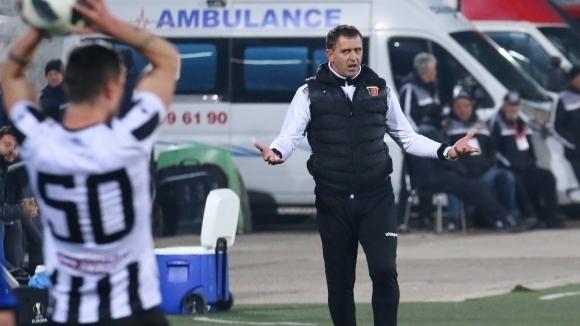 Бруно Акрапович направи три промени в групата за мача с Ботев (Пловдив)