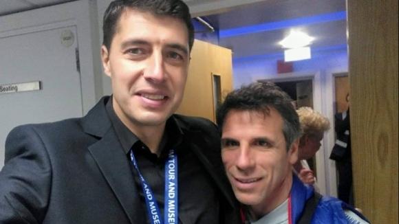 Човекът в кадър се срещна с големи имена в европейския футбол