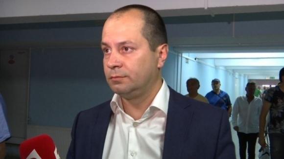 Кметът на Враца скочи на Кабаков