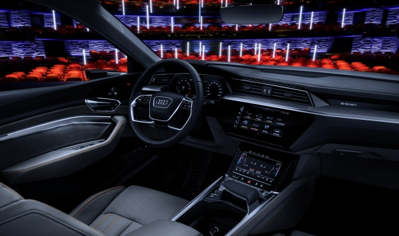 Audi показва бъдещето при забавлението в автомобила на изложението в Лас Вегас