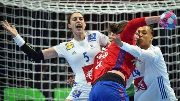 Домакинът Франция се класира за полуфиналите на Европейското