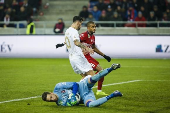МОЛ Види и Миланов с ценен успех срещу лидера Ференцварош