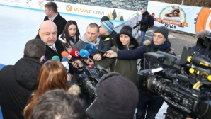 Кралев: Някои отбори са ощетени с между 5 и 10 точки, ВАР ще реши проблемите (видео)