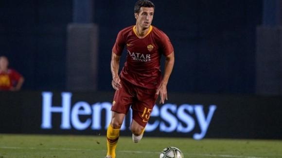 Рома праща защитник в Севиля