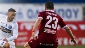 Български защитник със съмнение за тежка контузия, може да пропусне остатъка от сезона