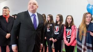 """Красен Кралев: Планът е още следващата година да се справим с ремонта на стадион """"Академик"""""""