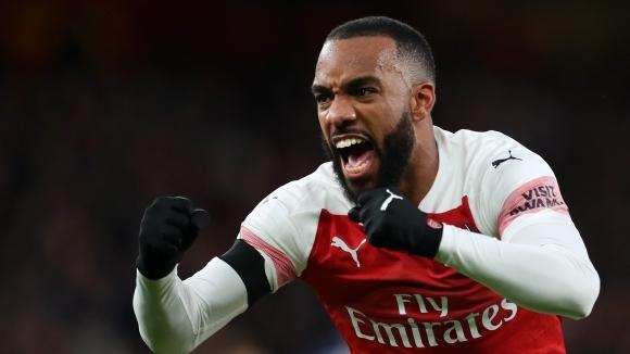 """Арсенал се отърси от шока на """"Анфийлд"""" в лондонско дерби с пет гола (видео+галерия)"""