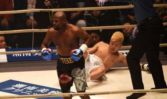 Флойд Мейуедър: Не бях тренирал за боя с Нацукава