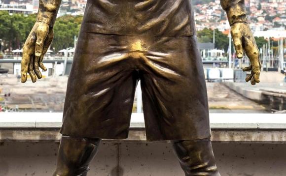 Фенки изтъркаха до блясък слабините на Кристиано Роналдо