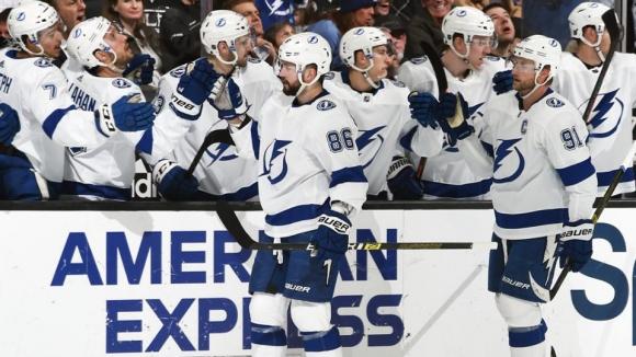 Лидерът в НХЛ Тампа Бей с нова убедителна победа