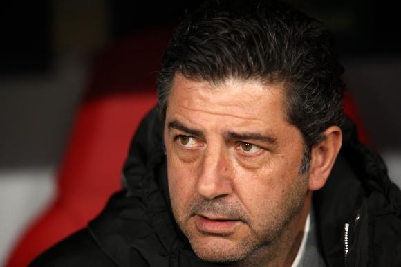 Бенфика търси нов треньор след напускането на Руй Витория