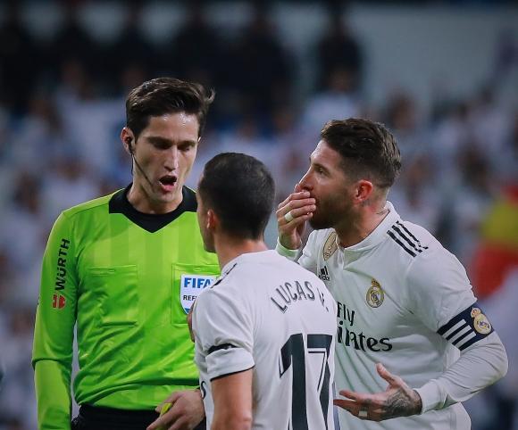 Реал М показа как във ВАР се поздравяват след гол в мрежата на тима