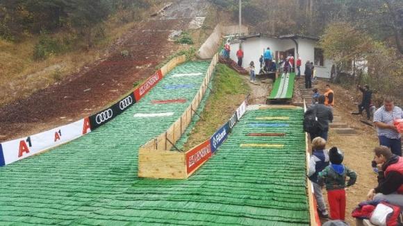 Първо състезание по ски скок в Самоков след пауза от 10 години