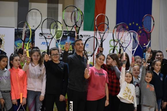 Димитър Кузманов зарадва почитателите си в Благоевград