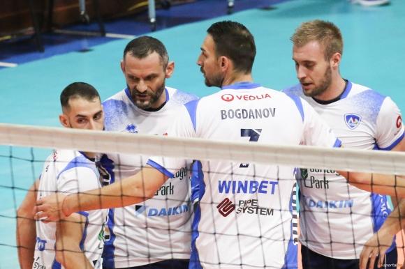 Добруджа - Нефтохимик и Хебър - Левски са полуфиналите за Купата на България