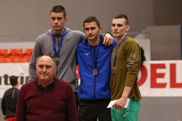 Радин Вълчев се завърна с пети резултат в света за сезона на 60 м/пр при юношите под 20 години