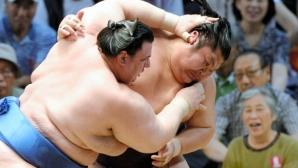 Аоияма започна с победа на Големия новогодишен турнир по сумо