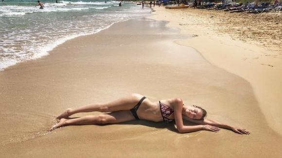 Спортна журналистка показа горещо тяло (снимки)