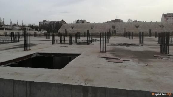 "Кметът на Пловдив привиква собствениците на Ботев заради ""Колежа"""