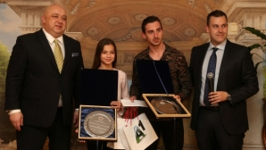 Мирела Костадинова и Панайот Димитров спечелиха анкетата Спортист на България до 18 години за 2018 г.