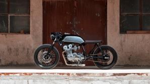 Един красив Cafe Racer - Honda CB750 от българското ателие Thracian Custom Bikes