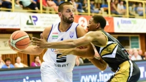 Иван Лилов отново ще играе в България