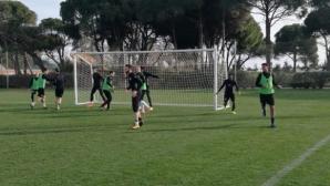 Локомотив (Пд) продължава с тренировките в Турция