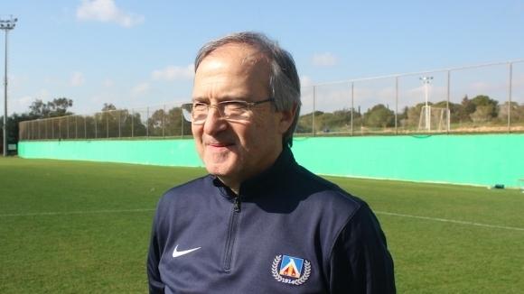 Дерменджиев: Никога няма да се съглася да дойдат футболисти, гледани на компютър