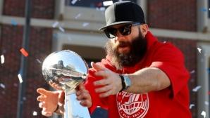 MVP на Супербоул LIII обръсна брадата си за благотворителност