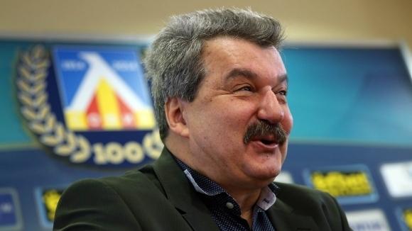 """Батков: В Левски трябва човек с """"дълги"""" пари, дори Ганчев трябваше да плати 8 млн., ако въобще ги е платил"""
