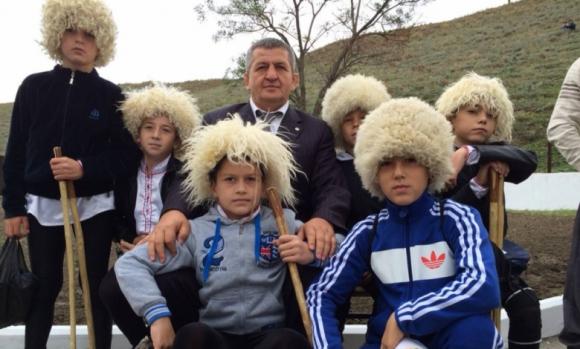 Който пребори мечка, ще е наследник на Хабиб Нурмагомедов (видео)