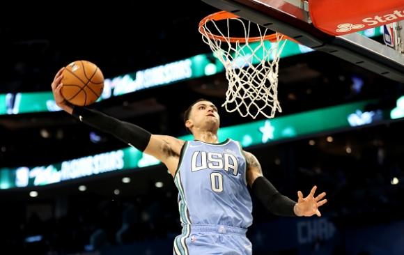 Шоуто започна! Американците надиграха Дончич и компания в Мача на изгряващите звезди в НБА (видео)