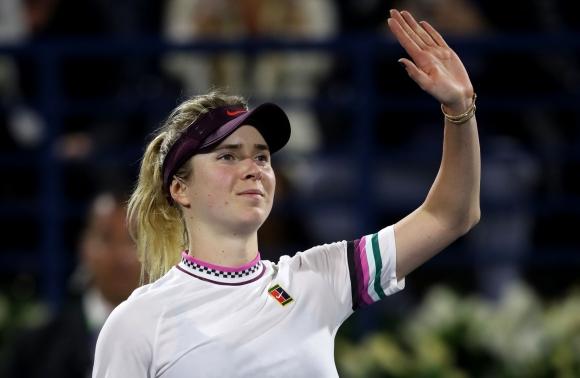 Свитолина се класира за полуфиналите на турнира в Дубай, Халеп отпадна