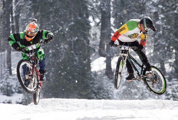 Атрактивно снежно вело състезание в събота в Пампорово