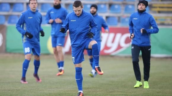 Петима футболисти на Верея пропускат гостуването на Ботев (Пд)