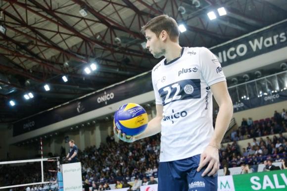 Ники Пенчев със силно включване, ОНИКО загуби дербито със СКРА в  Полша